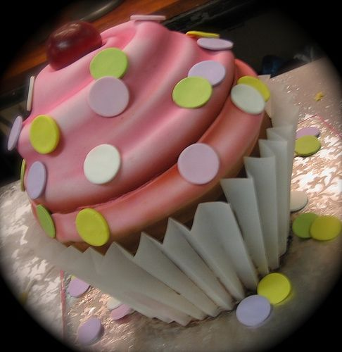 giant cupcake new by debbiedoescakes, via Flickr