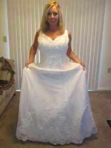 659b1275ac8 Oleg Cassini White Silk Satin Rn84270 Traditional Wedding Dress Size ...