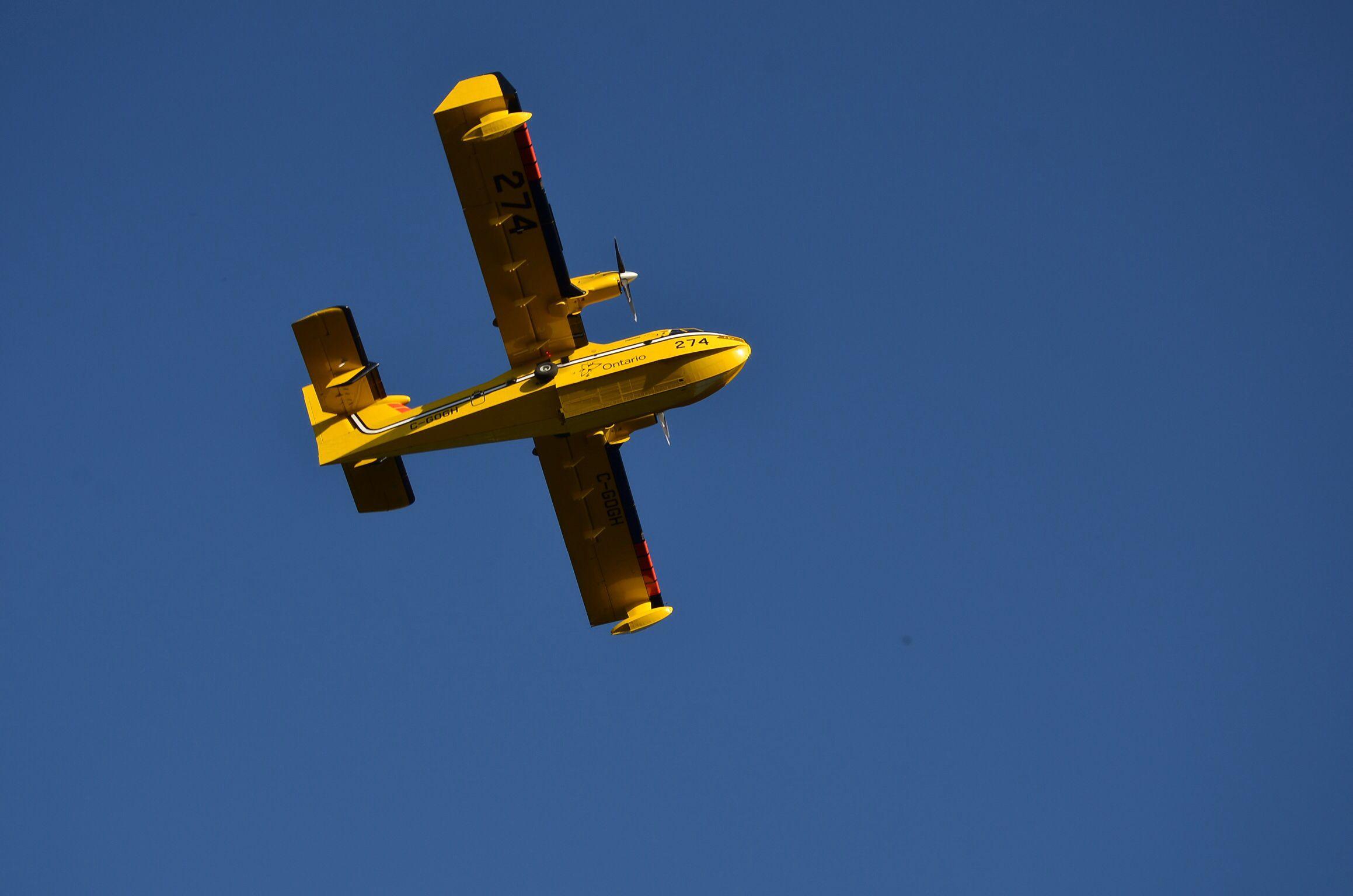 Colour Me Christal Photography, airplane https://www.flickr.com/photos/thegirlnextdoor0666/