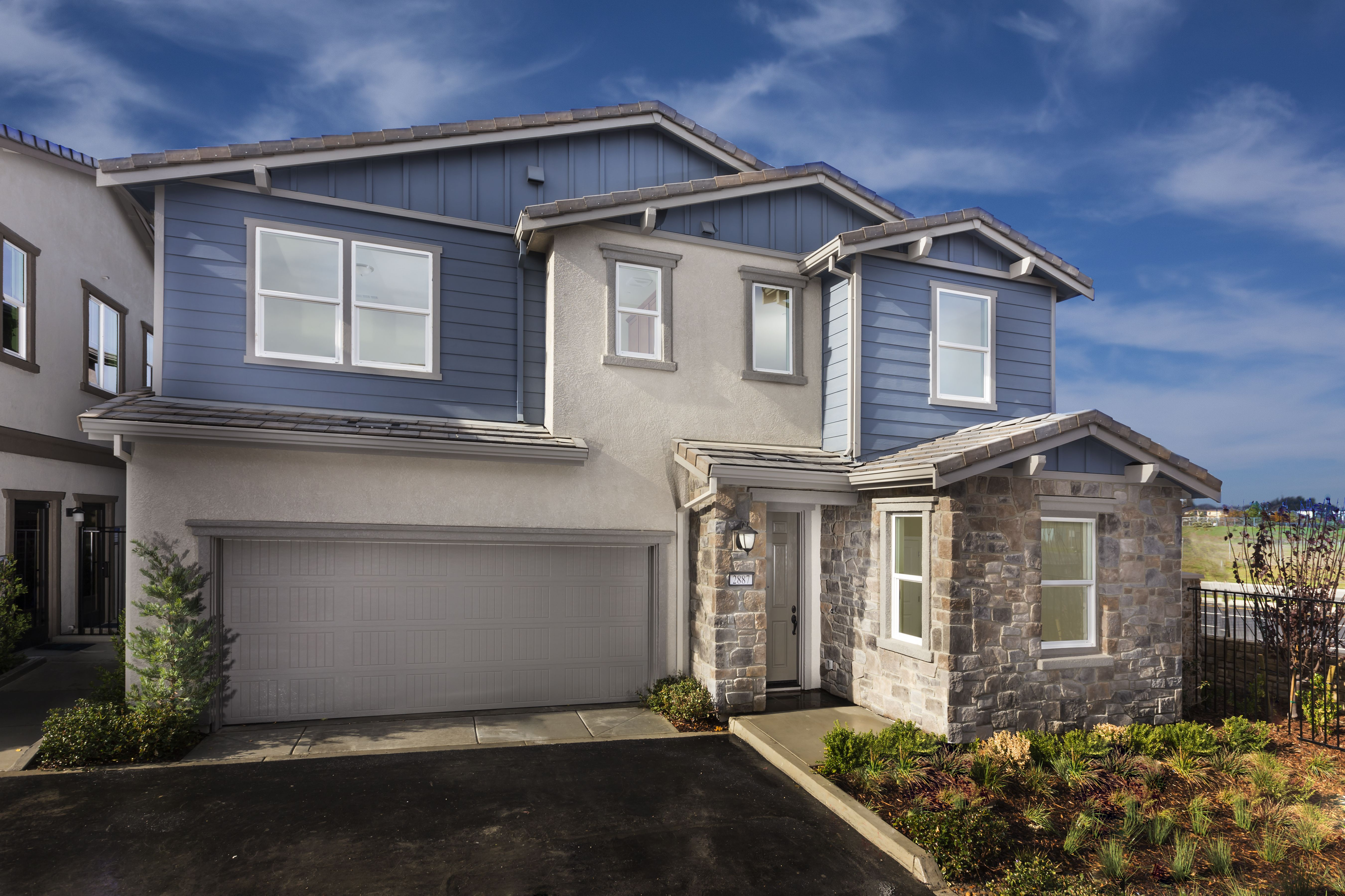 Hillcrest At Irongate In Dubin Ca By Lennar Bay Area Residence 3 House Styles Residences House Design