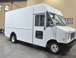 Ford F59 Utilimaster 14 P 700 For Sale At Work Truck Direct Work Truck Step Van Ford Transit