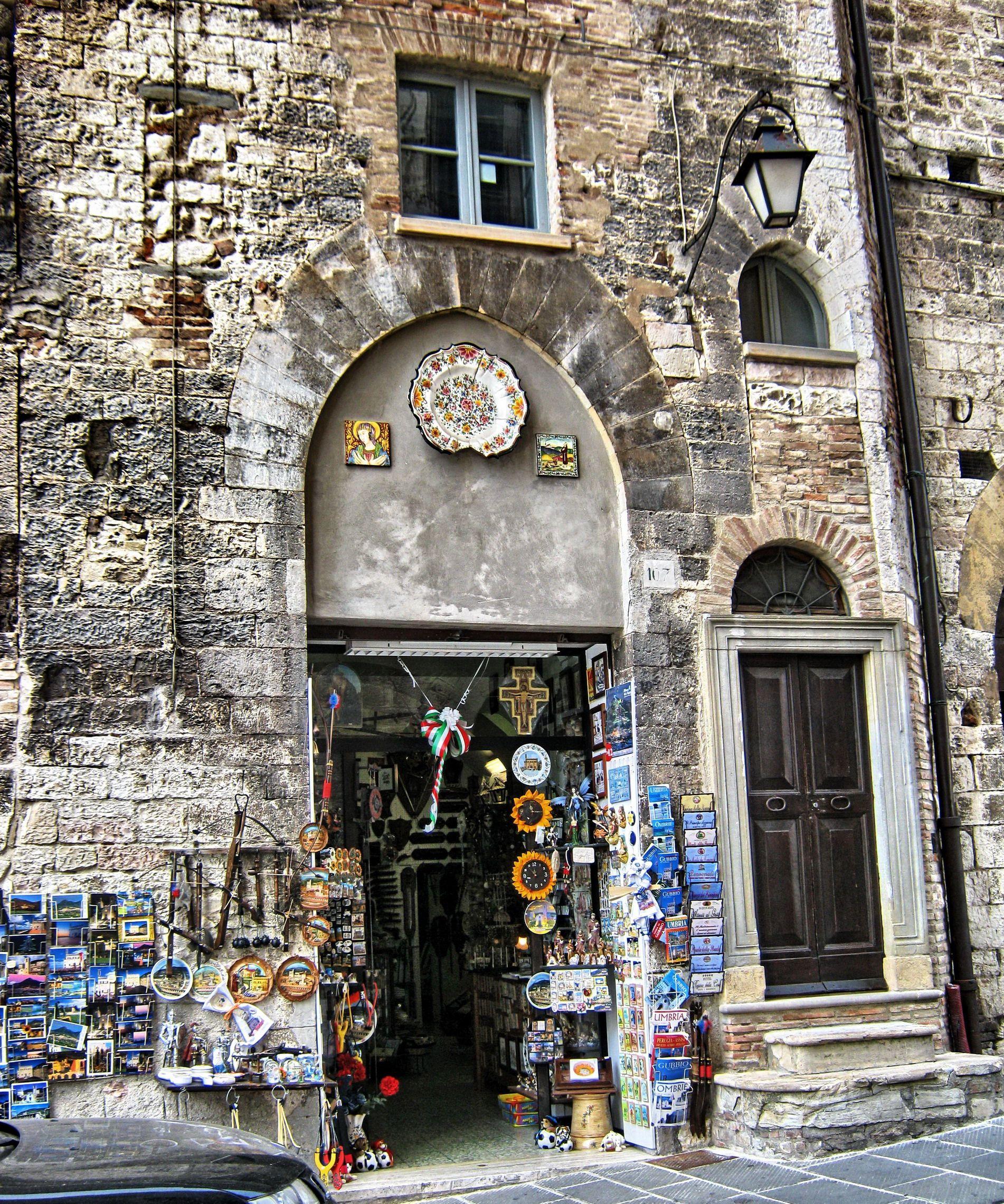 GUBBIO (Umbria) - Italy - by Guido Tosatto