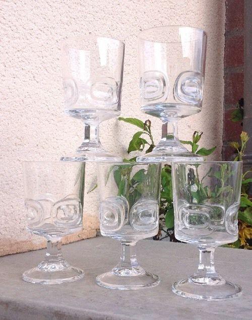 Cristal Darques Verres.Belle Serie De 5 Verres Vin Ecusson Cristal D Arques Vintage 1960