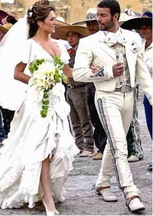 White Tux Joel Will Look Exactly Like This Guy On May 11th Lol Mariachi WeddingCharro