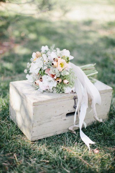 Spring Inspired Photo Shoot from Jen Dillender Photography + Embellished Weddings