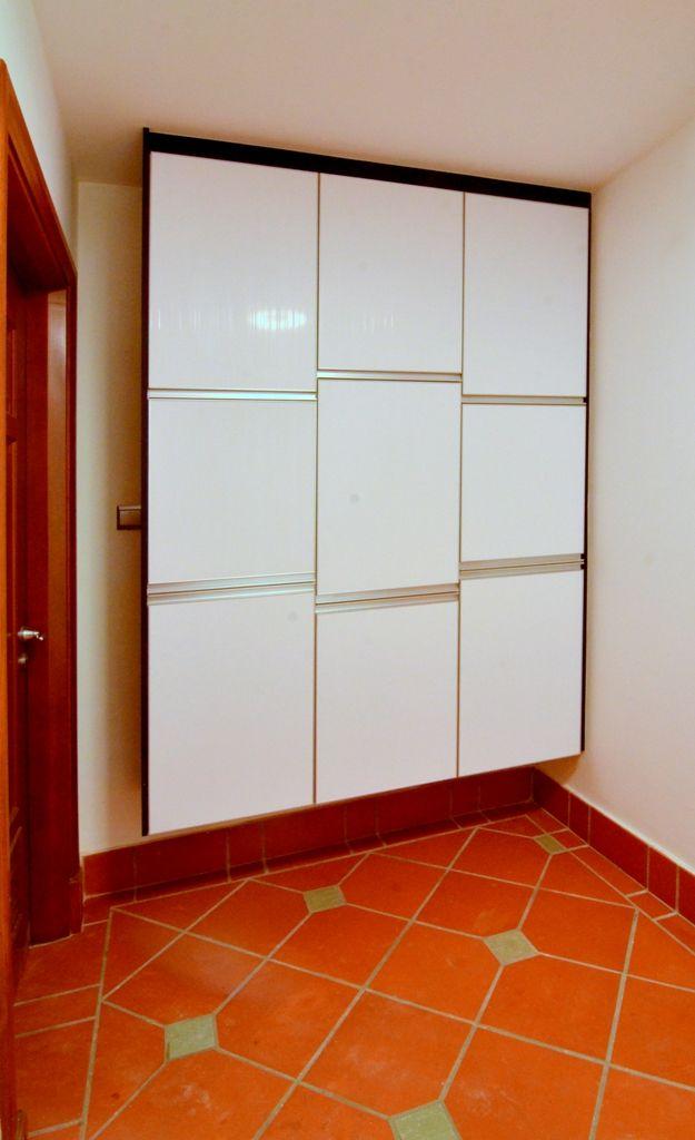 Shoescabinet Glossy White Glassdoor Cabinet Woodwork