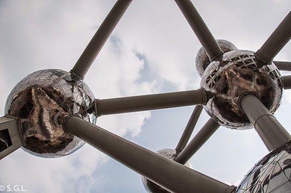 10 COSAS QUE VER EN BRUSELAS Atomium Blog Anden 27 http://anden-27.blogspot.com.es/2015/02/10-cosas-que-ver-en-bruselas.html
