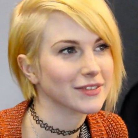 Les Carrés Très Colorés D Hayley Williams Haircuthayley Short