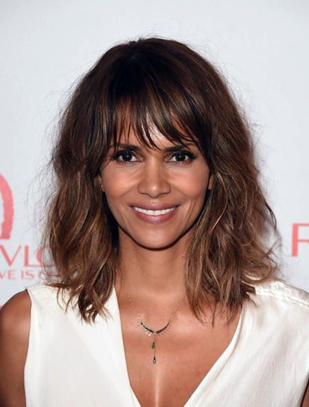 Hairstyles For Medium Length Inspiration Messed Up Messy Waves And Wispy Bangs Shoulder Length Hair  Wavy