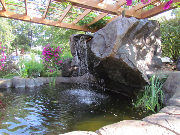 7 Benefits To Backyard Water Features