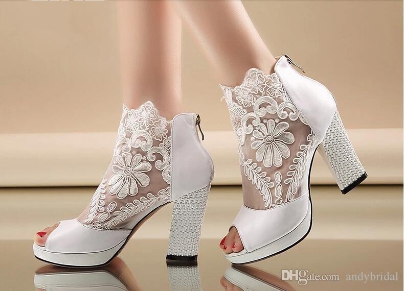2017 Wedding Shoes With Kitten Heels P Black White