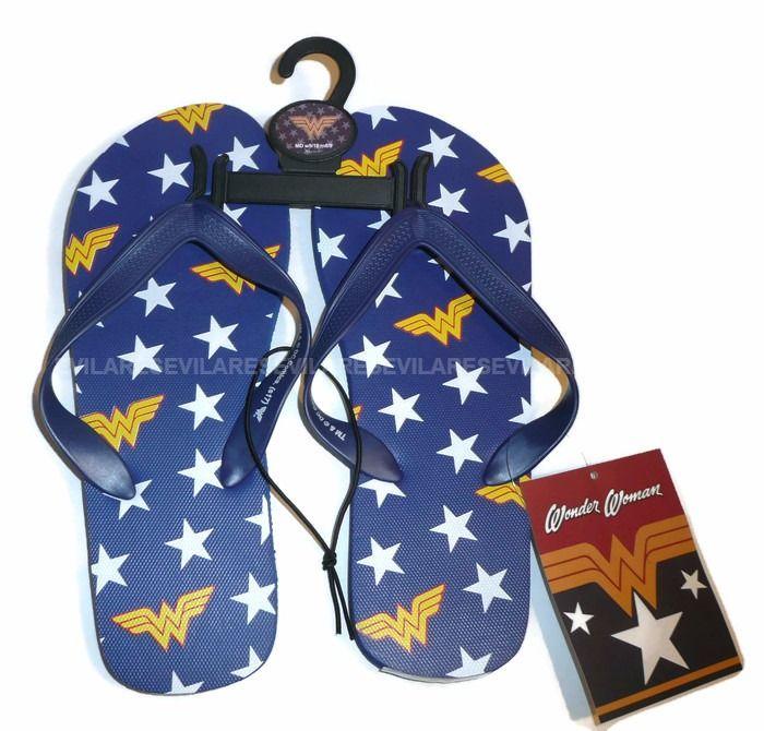32e8490b50352 MEDIUM Wonder Woman UNISEX Flip Flops Shoes Sandals Womens DC Comics ...