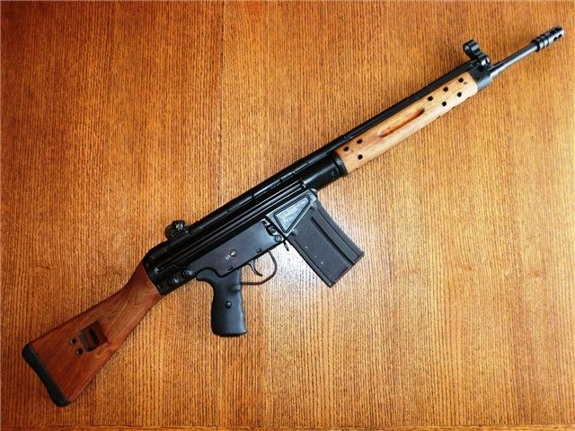 U S Made Clone Of The German G3 Or In This Case Civilian Model Hk91 Note Cetme Wood Handguard Stock And Magazine