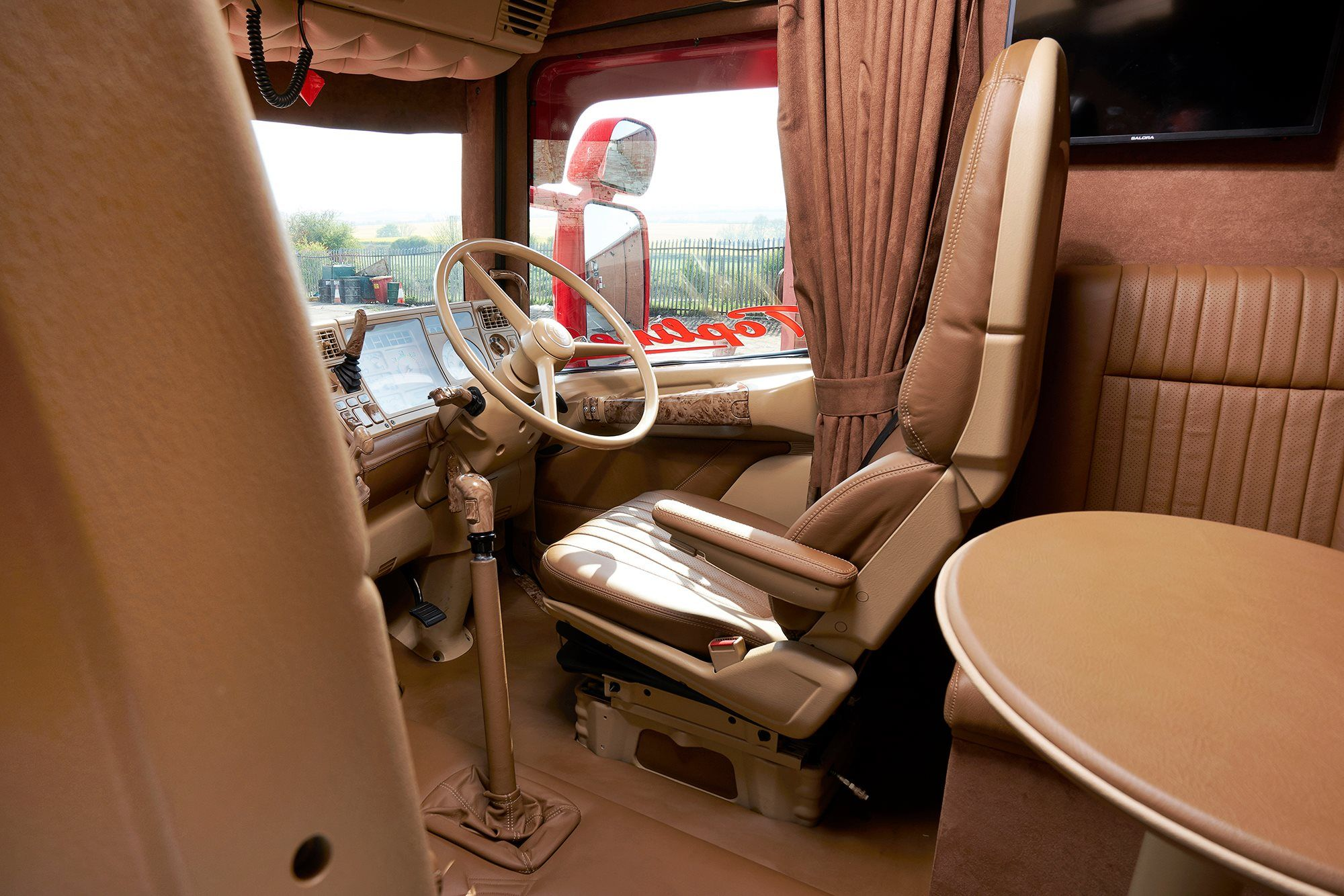 T-Scania Longline with a Dutch interior | Interiors truck