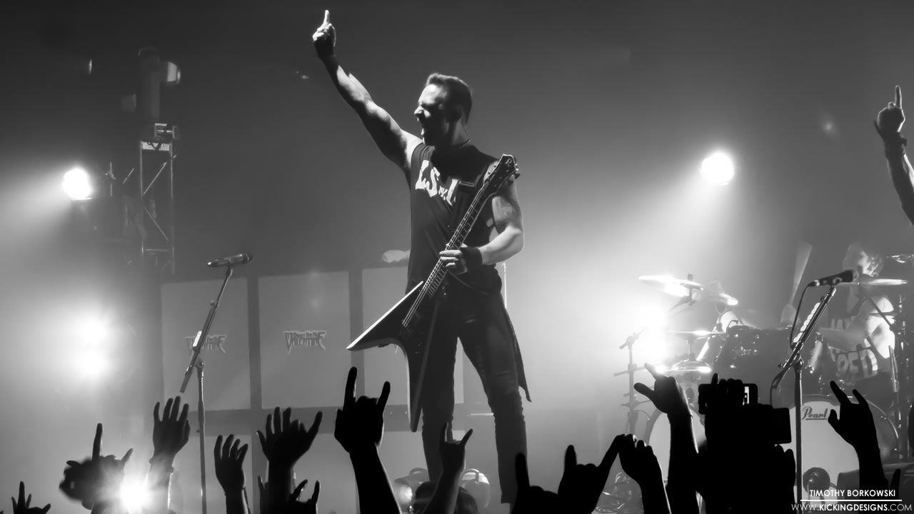 Bullet For My Valentine Live At The Oakdale Theater In Wallingford Connecticut Pictured Her Bullet For My Valentine Valentines Wallpaper Bullet For Valentine