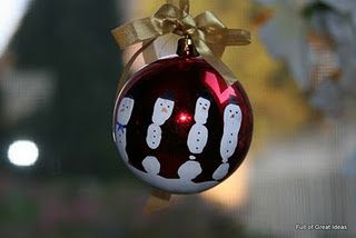 Paint Child's hand white on dollar store Christmas Bulb and use a sharpie to put on the face....great for Grandma and Grandpas for babies first Christmas