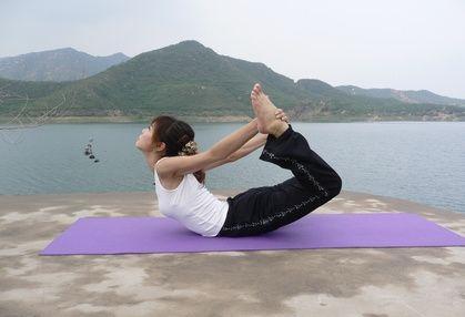 how to do splits in a week  hatha yoga poses yoga health