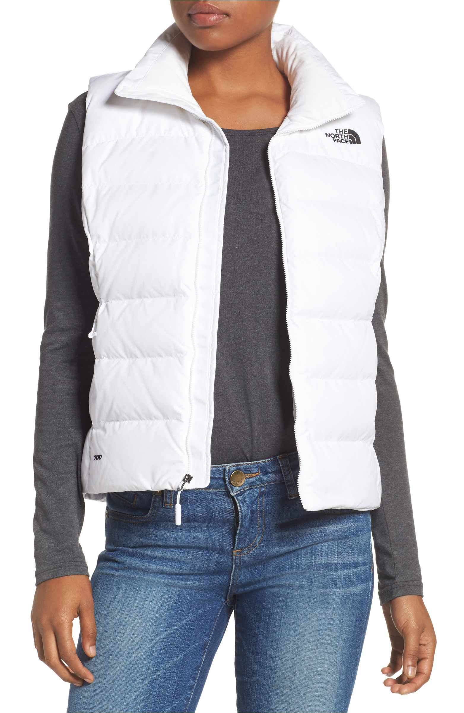 1bdd558d0ae8 Love the quality of this North Face Nuptse 2 Down Vest. Available in 4  colors. A streamlined silhouette and 700-fill-power down insulation make  this ...