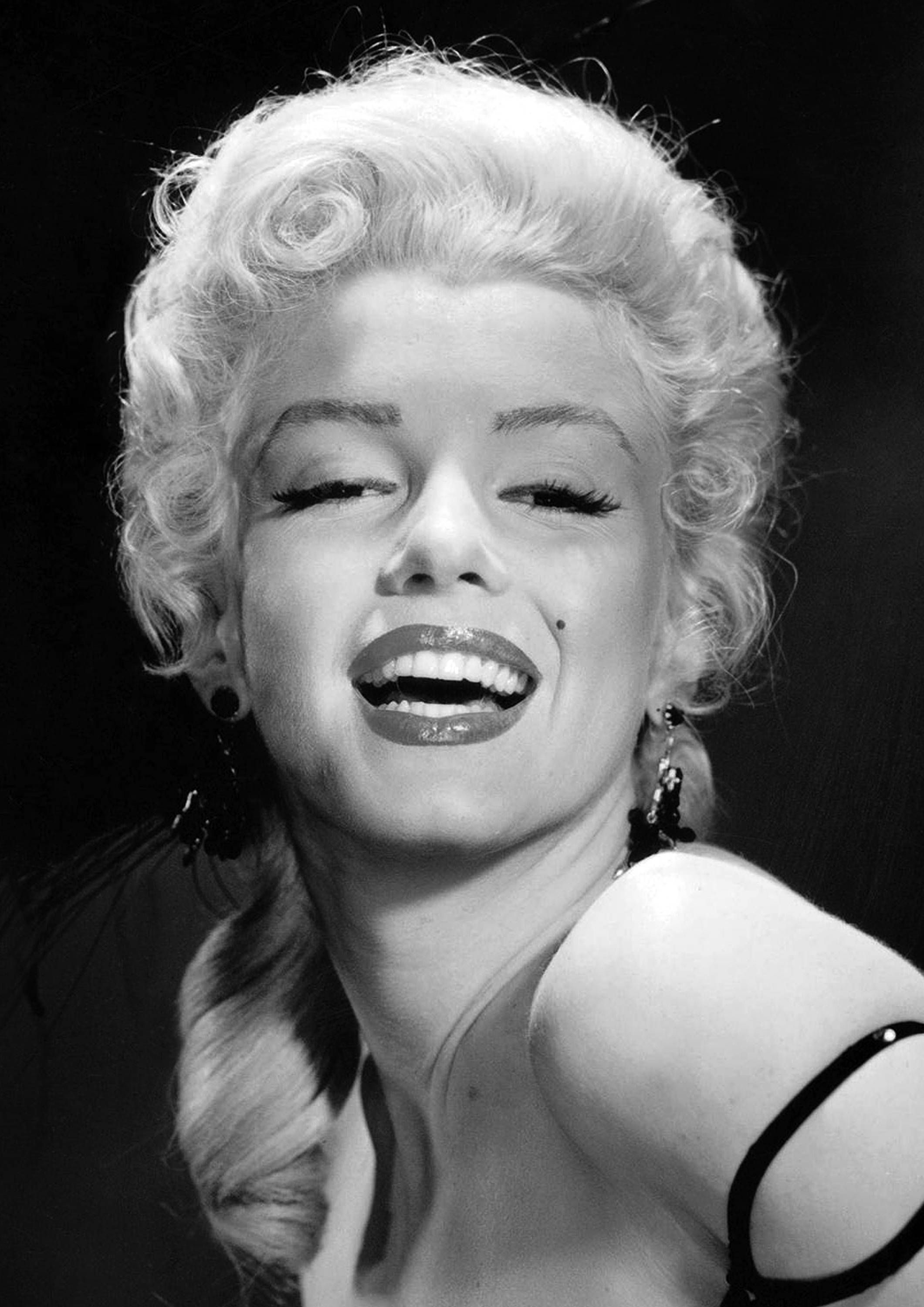 Marilyn Monroe Monochrome Photographic Print 75 (A4 Size - 210mm x ...