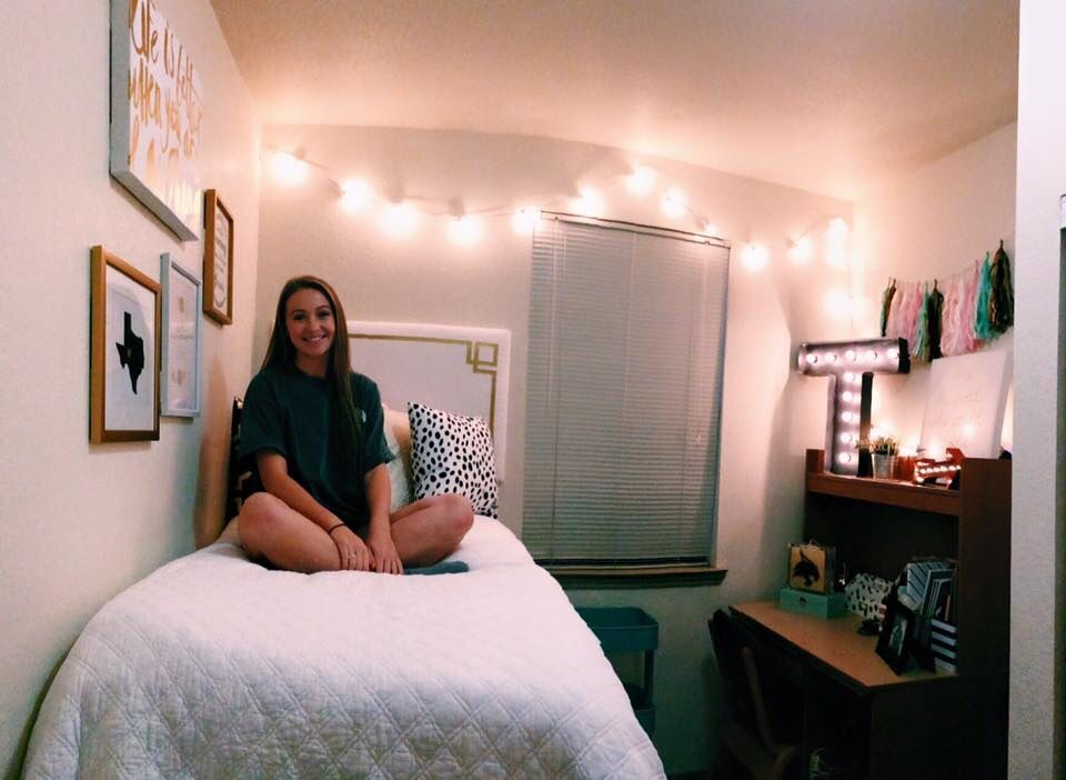 Dorm Room At Texas State University College Room College Dorm Rooms Dorm Room Inspiration
