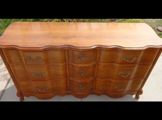 Vintage Bassett French Provincial Bedroom Set Dresser