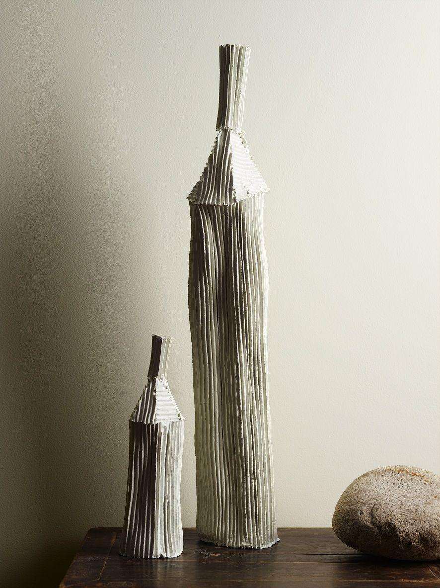 Una Pared En Blanco Roto Es El Fondo Perfecto Para Cualquier Artesania Color Jotun 8395 Colores Paredes Colores De Interiores Carta De Colores
