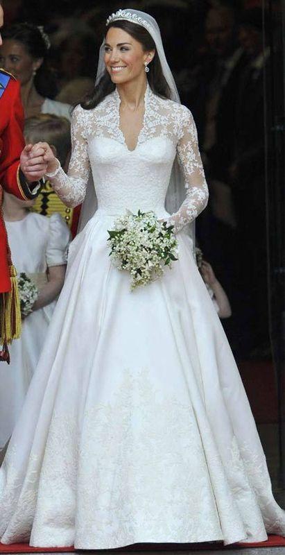 Bouquet Da Sposa Di Kate.Kate Middleton Abiti Da Sposa Abiti Da Sposa Reali Sposa