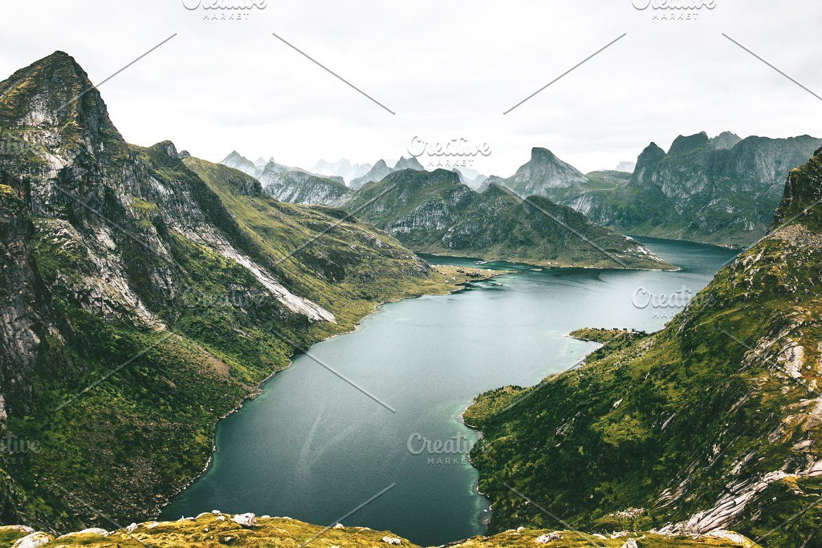 Lake And Mountains Landscape In 2020 Mountain Landscape Lake Landscape Norway Travel