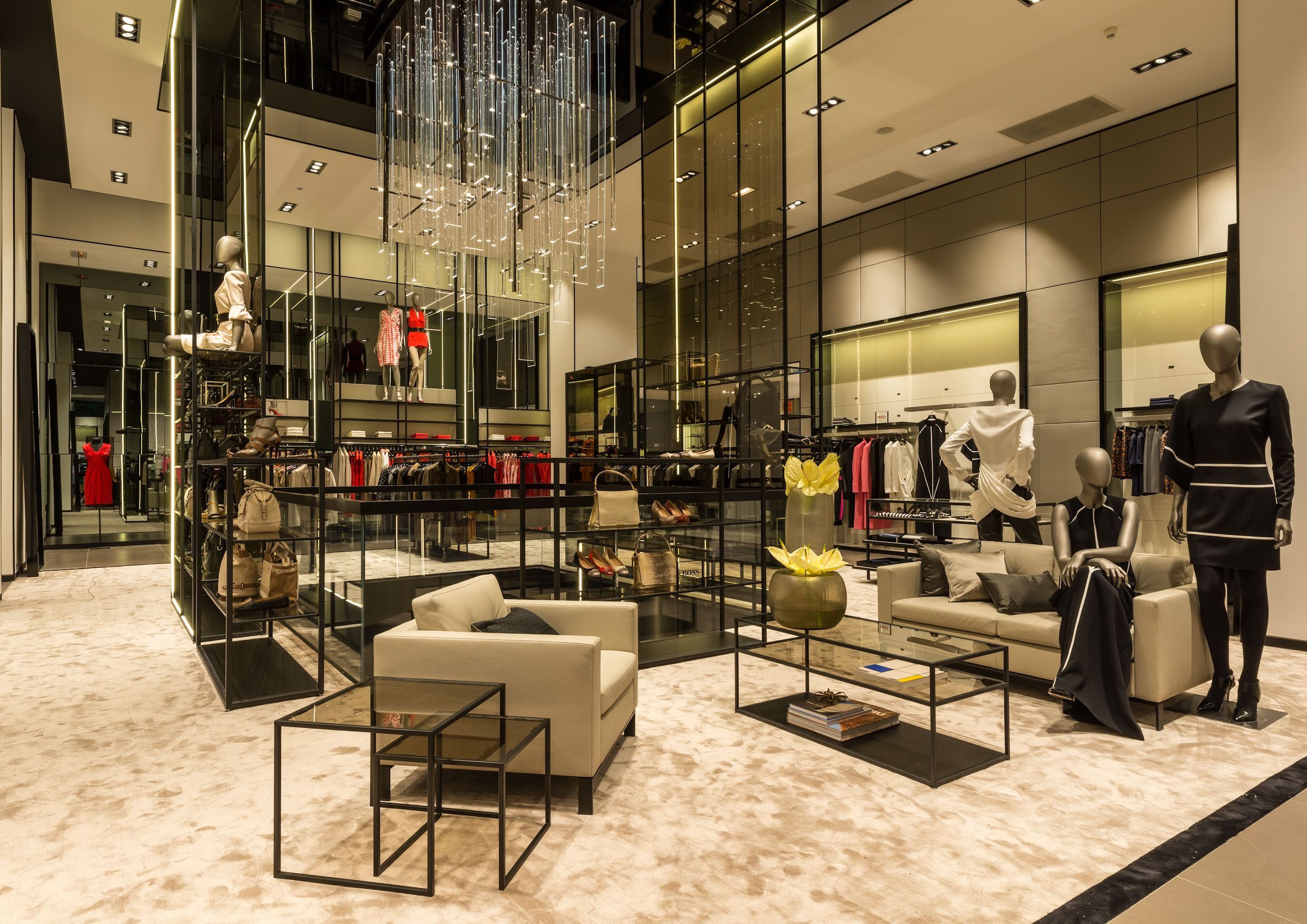 Couchtisch Boss A New Generation Of Shopping Experience Is Waiting For You At Our Largest Boss Flagship Store Worldwide On The Champs Él… | Elegante Damenmode, Hugo Boss, Damenmode
