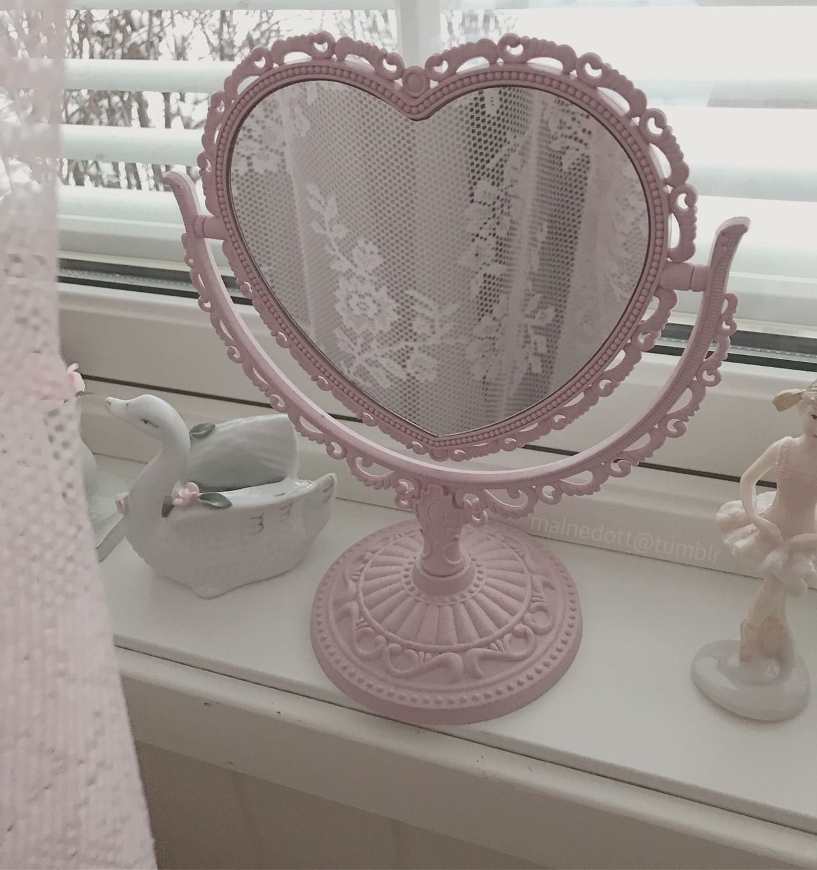 Http Malnedott Tumblr Com Post 180931632286 Heart Mirror Aesthetic Bedroom Heart Mirror Kawaii Room