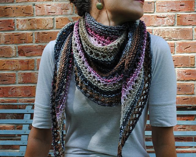 Azzu's Shawl- Easy knit and free pattern, on Ravelry.com ...
