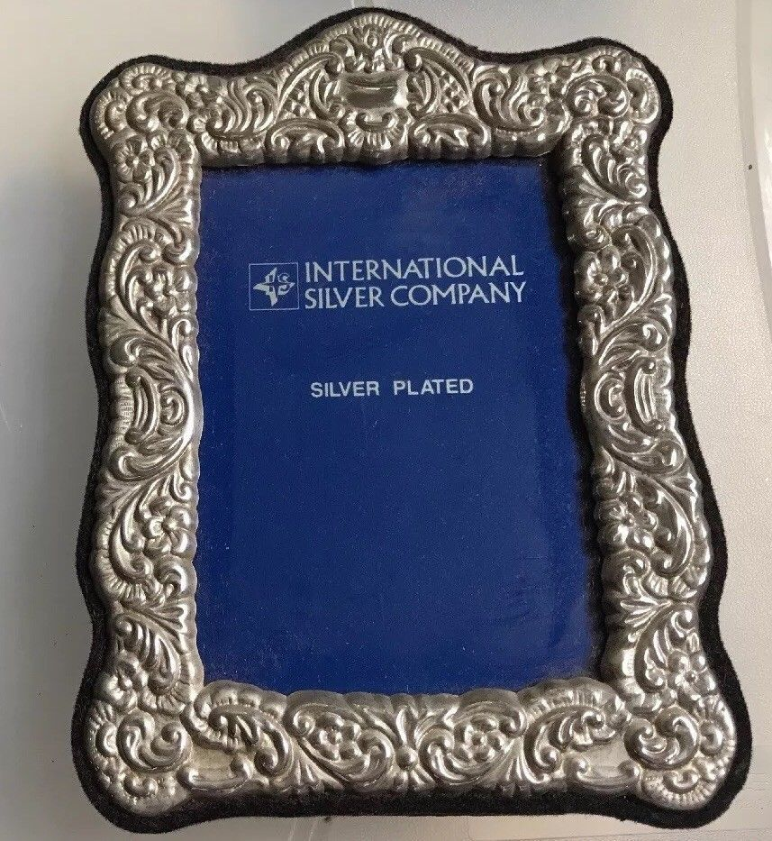 Ornate Silver Plated Picture Frame 4 X 6 International Silver Co