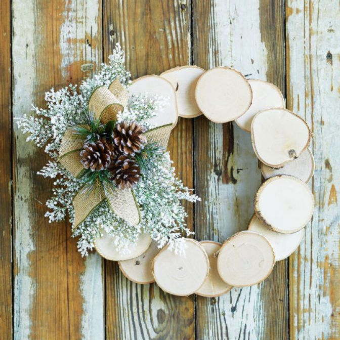 Create a simple, natural wreath with birch wood, pinecones and evergreen!