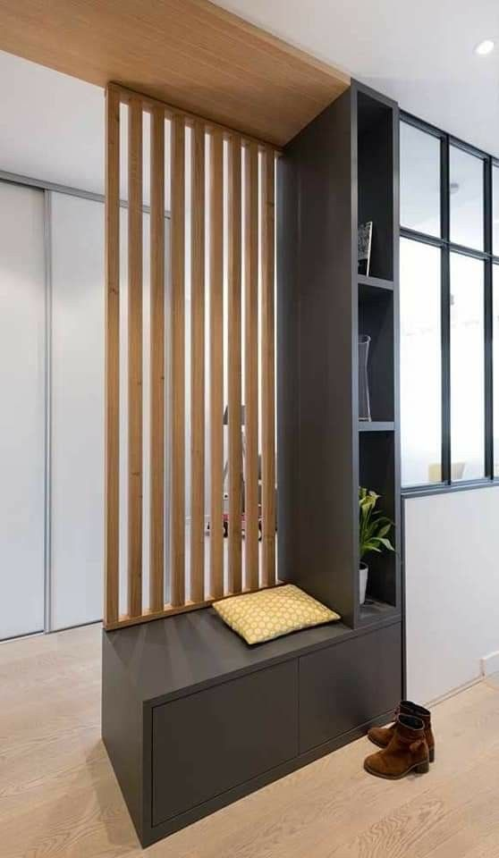 Reference To The Narrow Side Shelves Similar Idea But Counter Height To The Right Of The New Wall O En 2020 Idee Entree Maison Deco Entree Maison Architecte Interieur