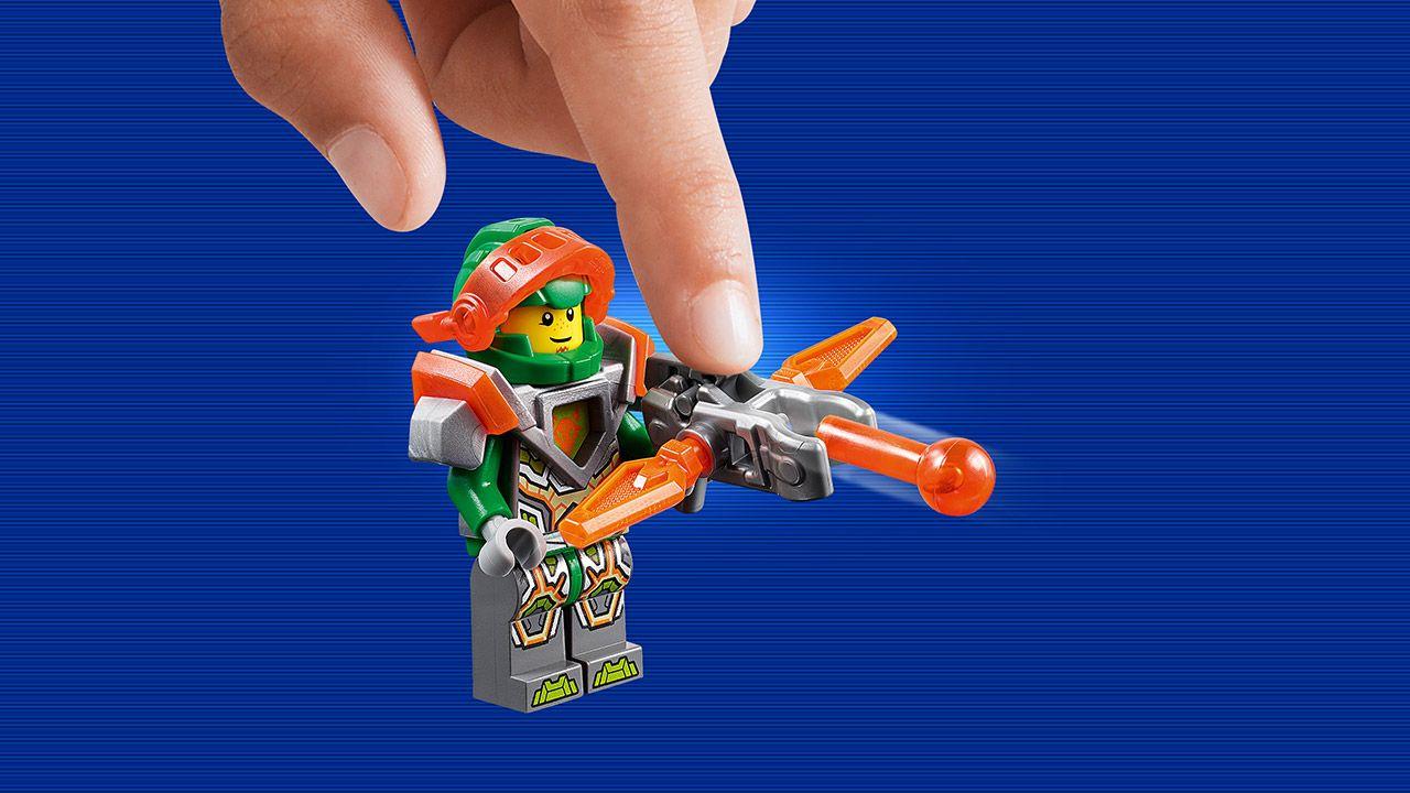 Nexo Knights Merlok Ausmalbilder : 70349 Ruina S Lock Roller Products Nexo Knights Lego Com