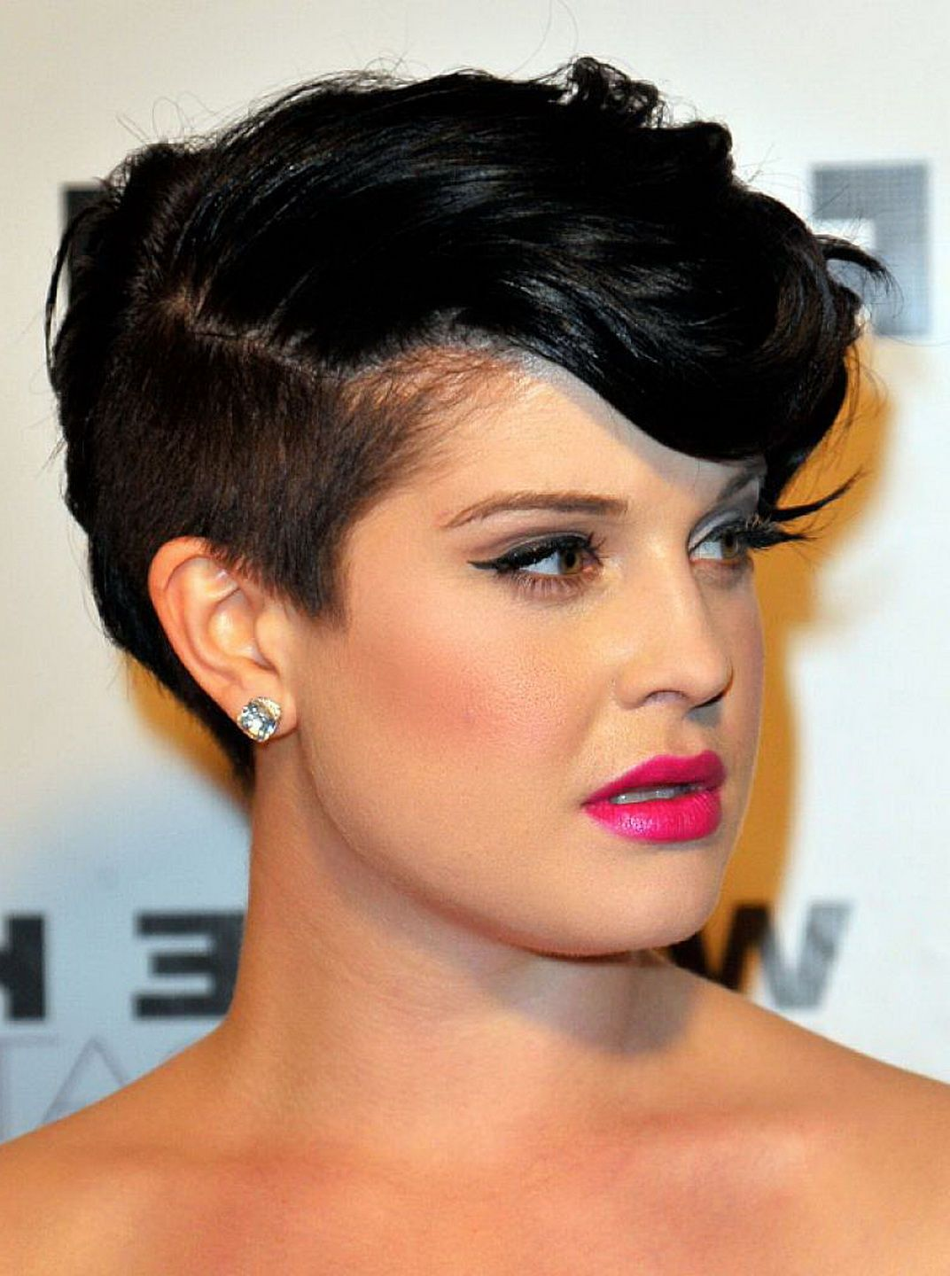 best short hair undercut hairstyle women with side bangs for black