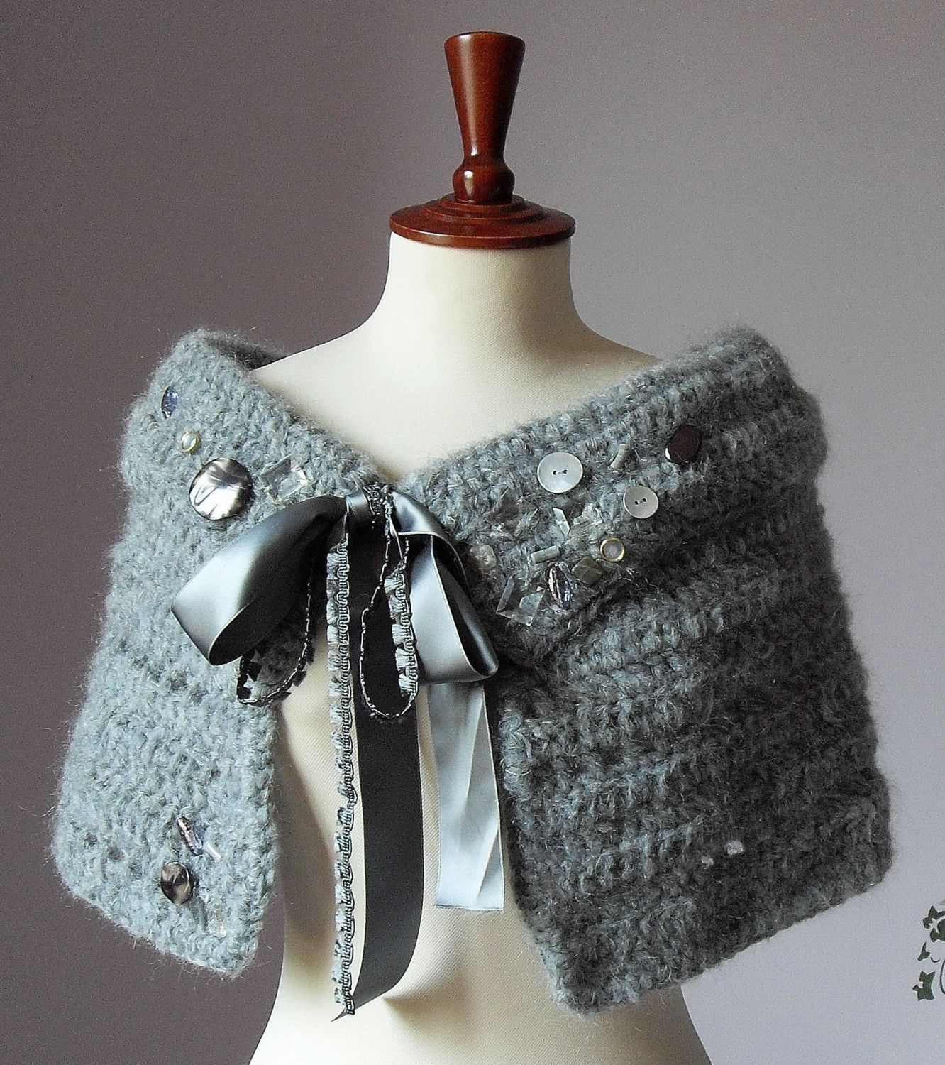 Capes and Capelets Free Patterns - Crochet -- Learn How to Crochet ...