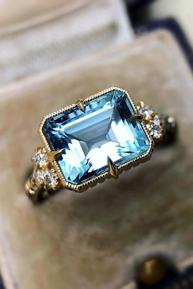 24 Sophisticated Vintage Engagement Rings To Prove Your Love #aquamarineengagementring