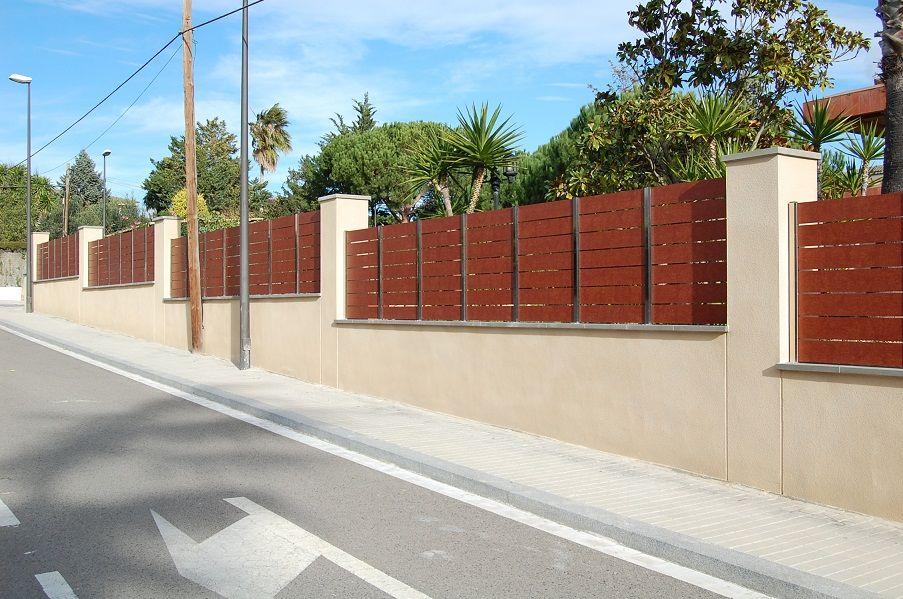 Valla de ocultaci n con material compacto fenolico y acero inoxidable intimidad www - Vallas de acero inoxidable ...