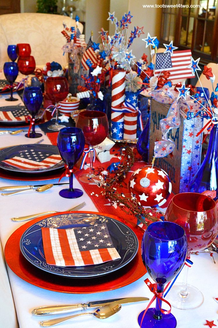 Decorating The Table For 4th Of July Blue Party Decorations