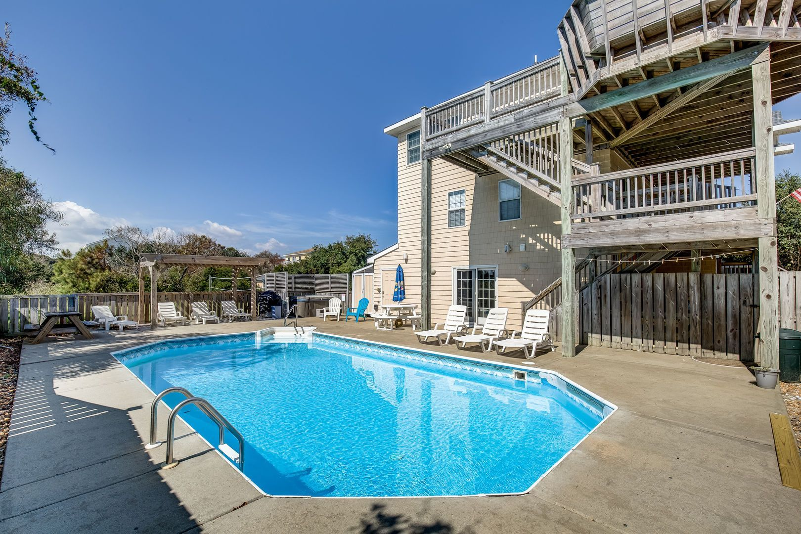 Harsimus Cove 7 Bedrooms 6 1 Bathrooms 770 Ft From The Beach Rates From 1 775 To 6 Vacation Rental Outer Banks Vacation Rentals Vacation Rental Sites