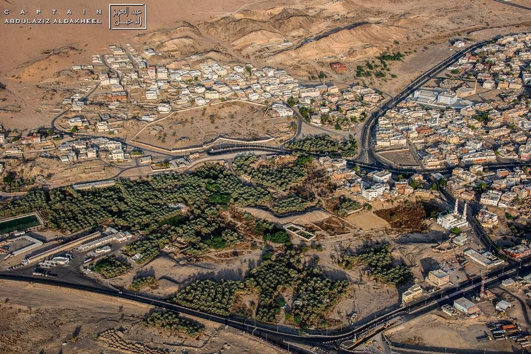 Pilot Abdulaziz On Instagram الصورة السابعة لسلسة توثيق أول معركة في الإسلام موقع غزوة بدر الكبرى في منطقة المدينة المنورة يتبع City City Photo Aerial