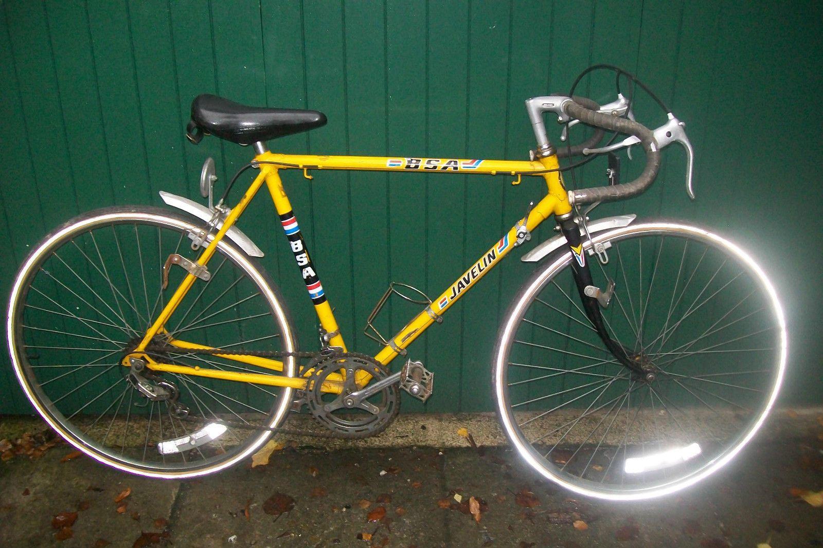 Vintage Retro Bsa Javelin Gents Yellow Racing Touring Bike Unrestored Condition Touring Bike Retro Vintage Touring