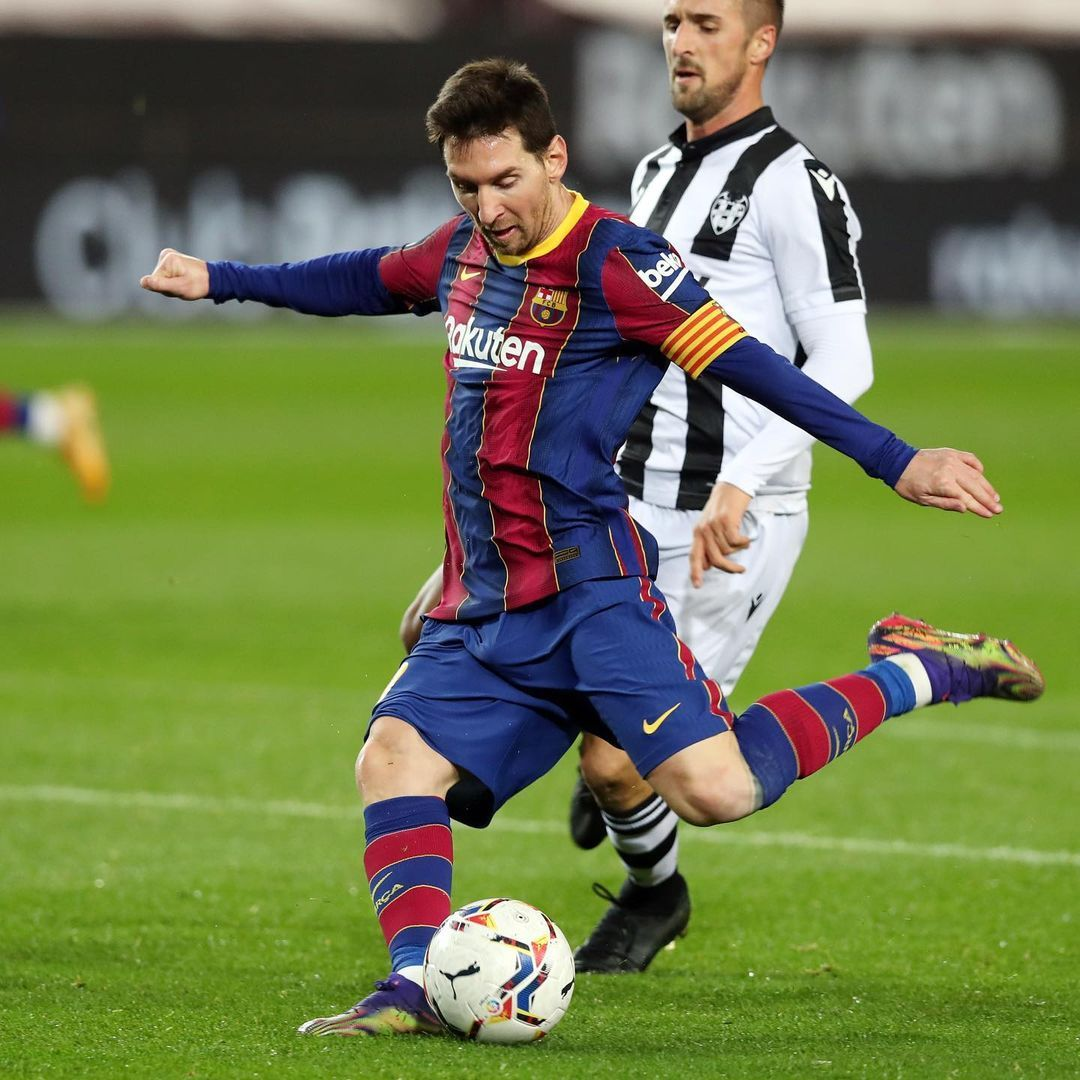 Instagram Post By Leo Messi Dec 13 2020 At 10 39pm Utc In 2021 Leo Messi Lionel Messi Barcelona Messi Champions League