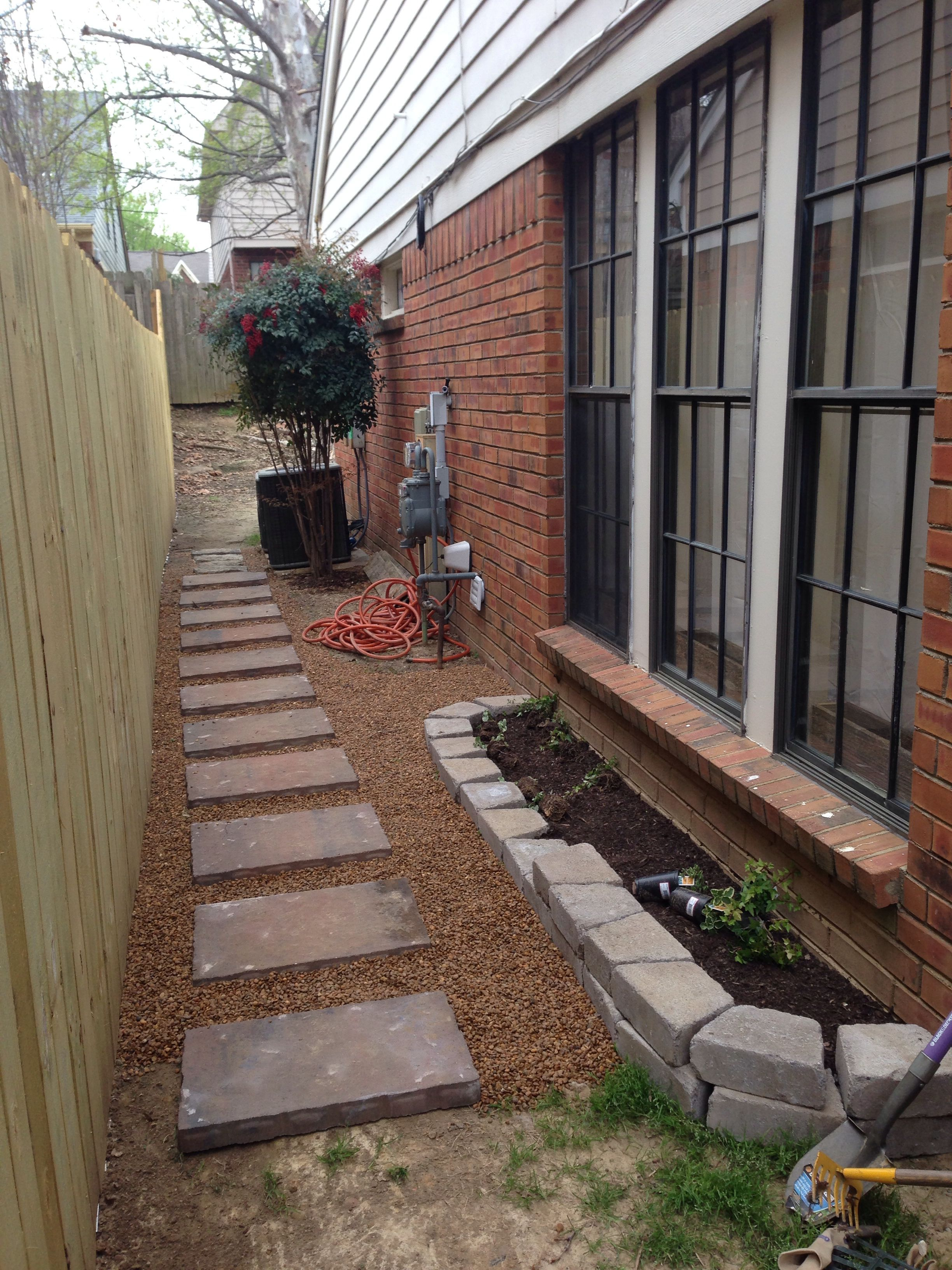 Solution To Side Of House That Gets No Sun And No Grass Backyard Ideas For Small Yards Backyard Walkway Small Yard