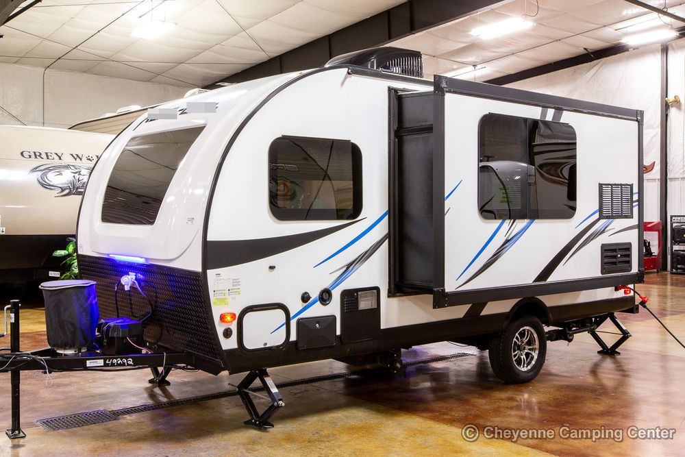 Rl178 Mini Lite Travel Trailer This Is Anew 2018 Mini Lite Rl 178