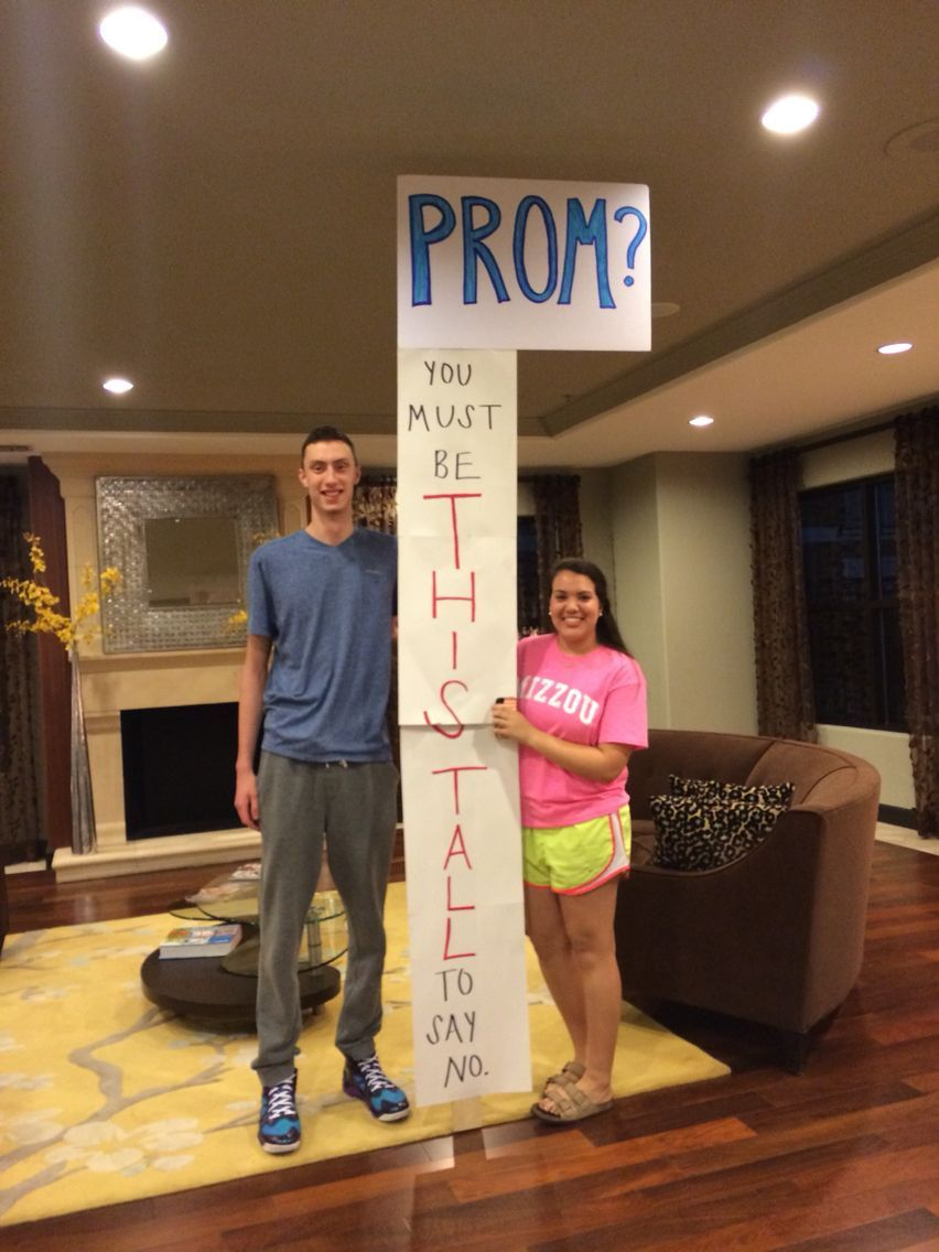 You must be this tall to say no. #prom #promposal #bestfriendprompictures #hocoproposals