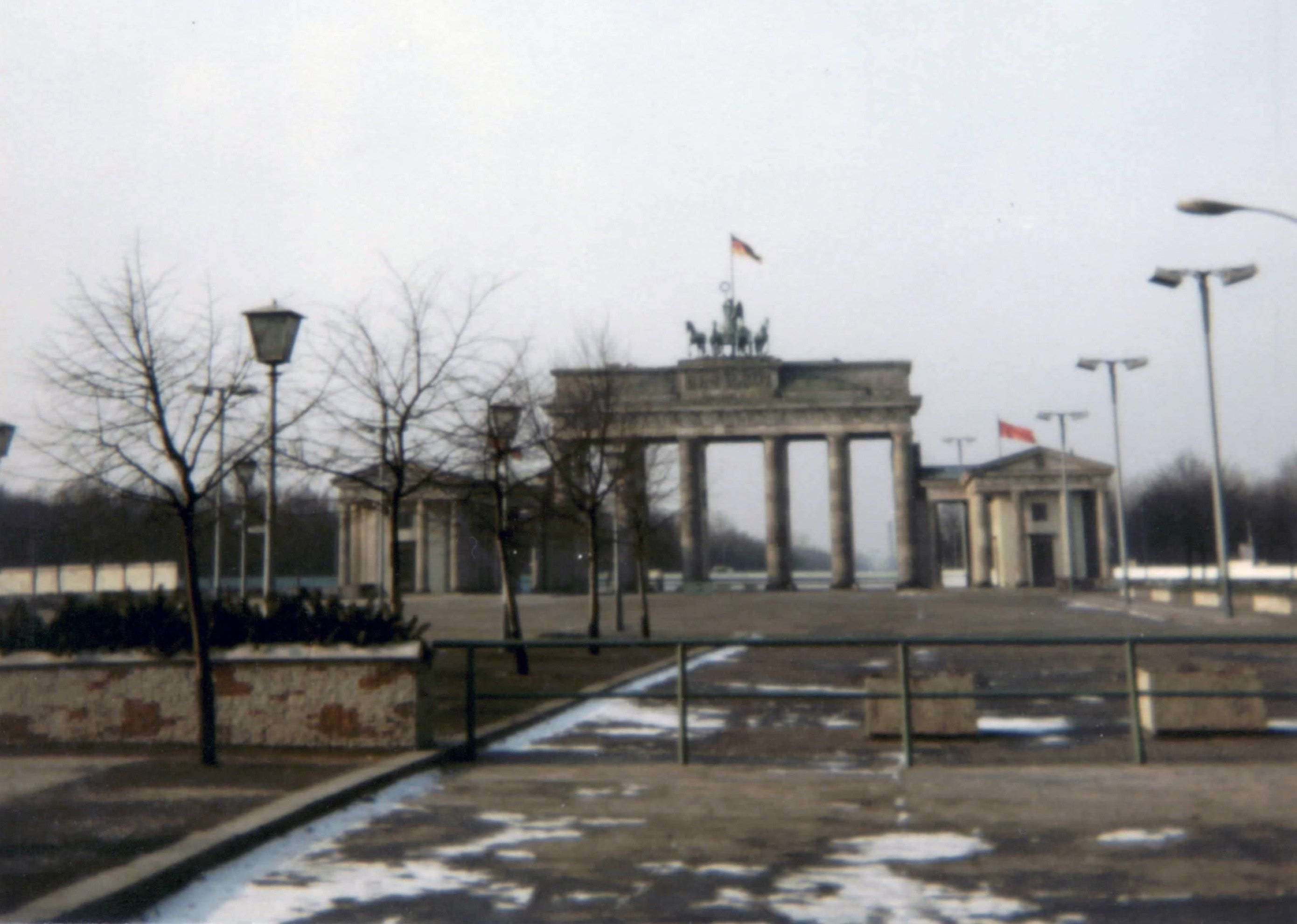 1980 Brandenburger Tor In Ost Berlin Ddr Muro De Berlin Berlin