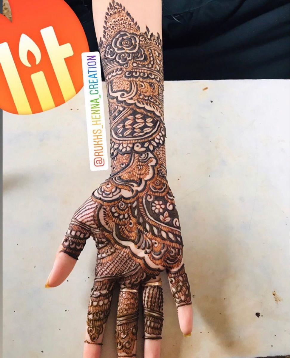 #rukhsarmehendiartist #henna #hennaartist #mehndi #bridal #bridalmehendi #floral #floraldesign #qatarwedding #dubaiwedding #oman #dubaihenna #hennatattoo #mehendidesign #design #designinspiration #hennainspire #hennainspo_ #hennalookbook #hennalove #indianwedding #indian #indianstyle #sharjah #usa #creative #gulfhenna #mehandi #explore #motivationalquotes