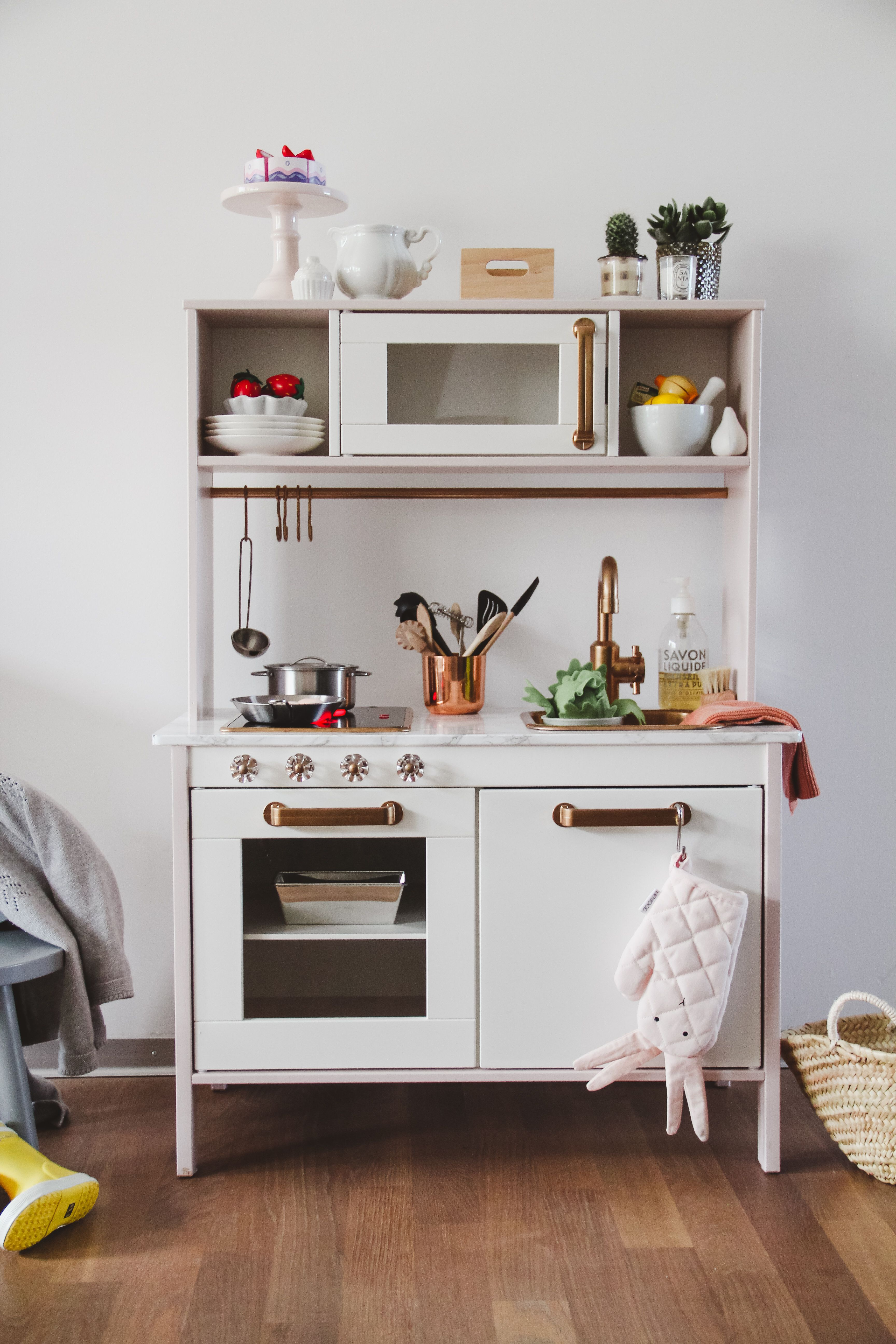 IKEA play kitchen hack - E\'s gold and white Duktig play ...